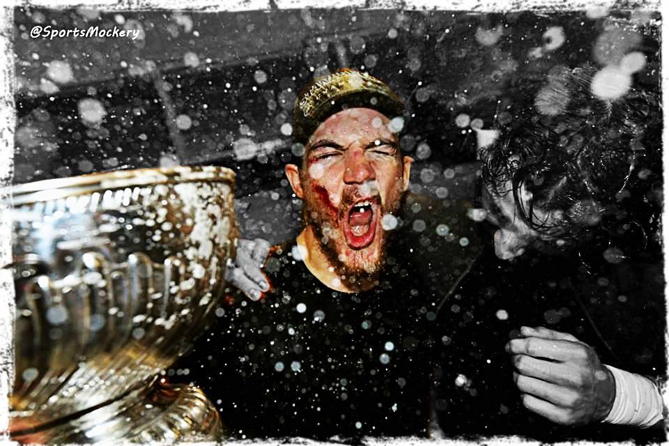 Andrew Shaw, Chicago Blackhawks, Champagne Celebration